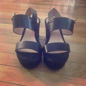 Target platform sandals